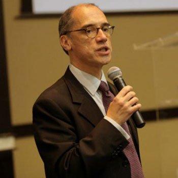 Dr. Marco A. Bessa